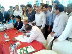 Alcalde firma acuerdos amistosos con Portoviejo, Santa Ana y Paján
