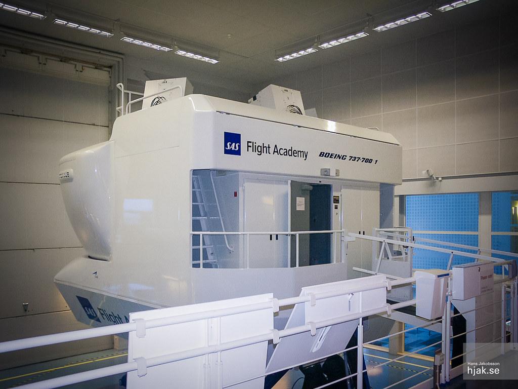 sas flight academy boeing 737 700 full flight simulator. Black Bedroom Furniture Sets. Home Design Ideas