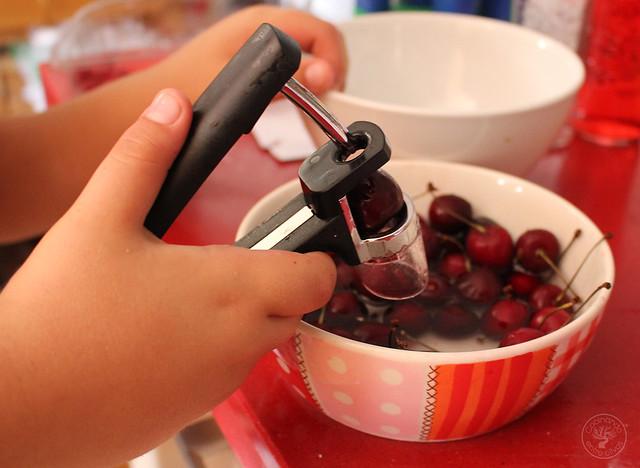 Batido de cerezas y frambuesas www.cocinandoentreolivos.com (6)