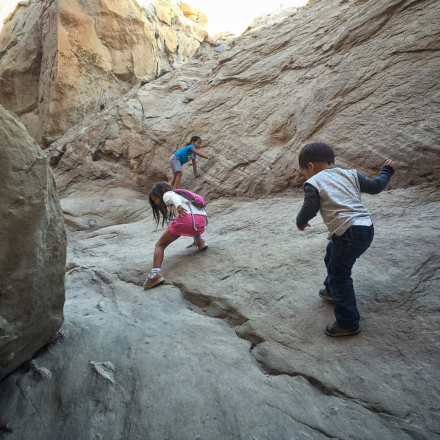 Following the leader through a slot canyon. #malimishkids