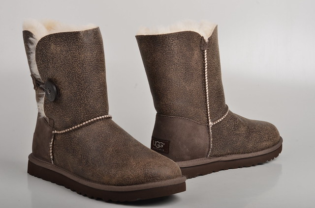 dcc6c5b5d93 Ugg Boots Braun Leder | MIT Hillel