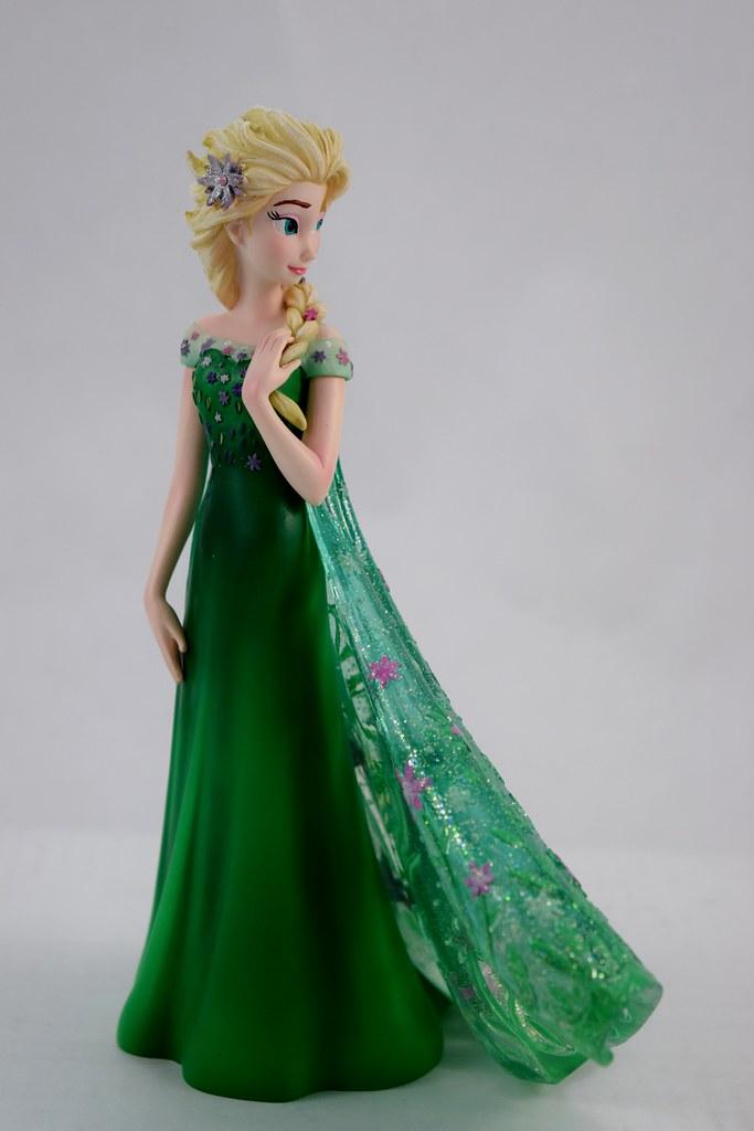 Couture de force frozen fever elsa 8 inch figure disney for Couture de force elsa