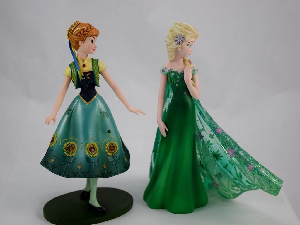 Couture de force frozen fever anna and elsa 8 inch figures for Couture de force elsa