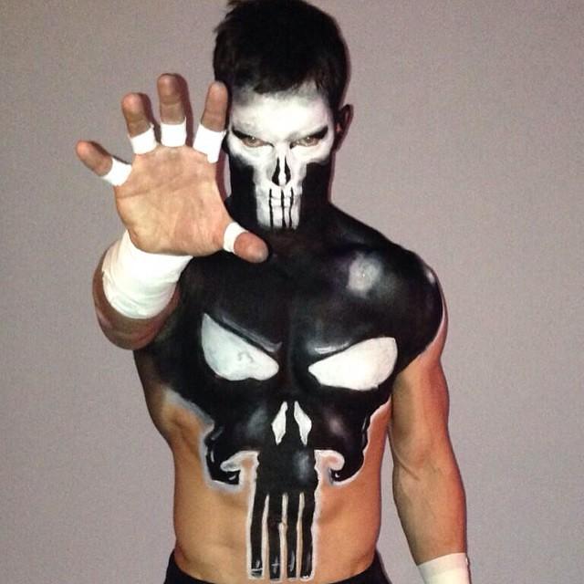 5 Lutadores da WWE que parecem saídos dos animes