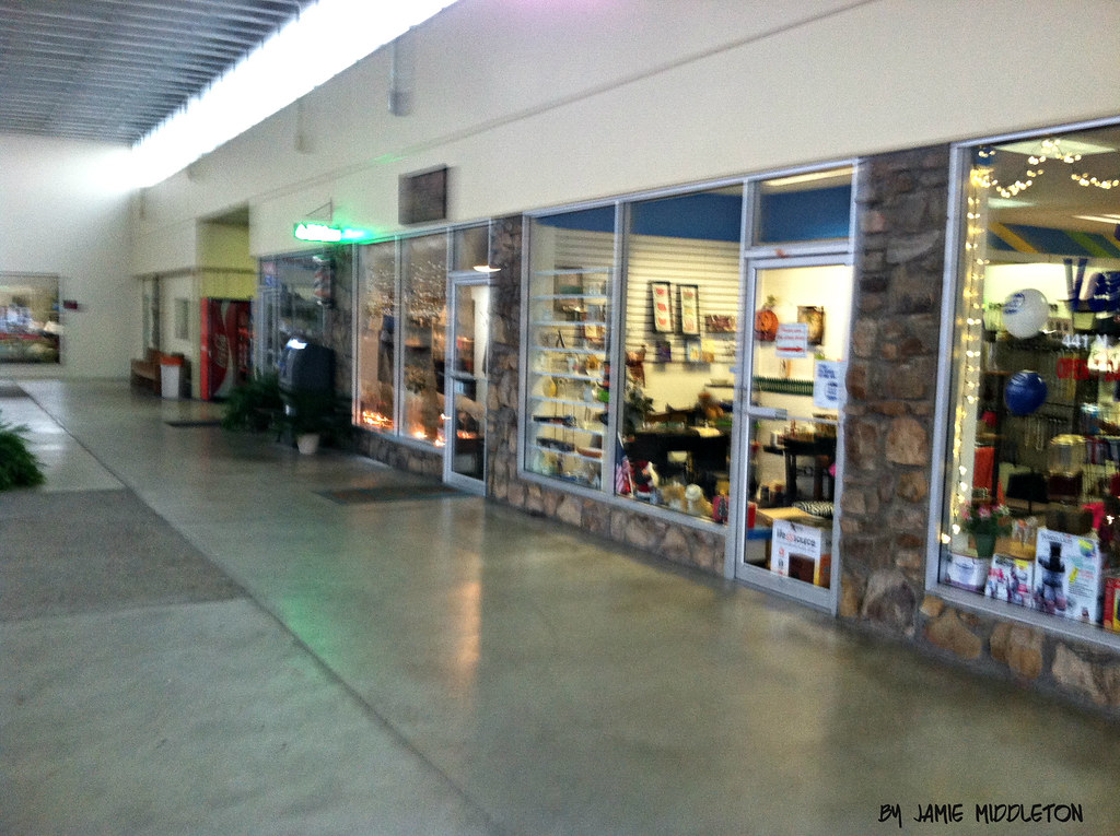 Village Square Shopping Center Middlesboro Kentucky This Flickr