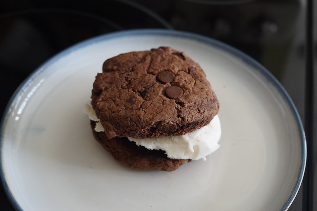 Vegan Snack Attack - Blue Rose Baking Gluten Free Cookie Sandwich