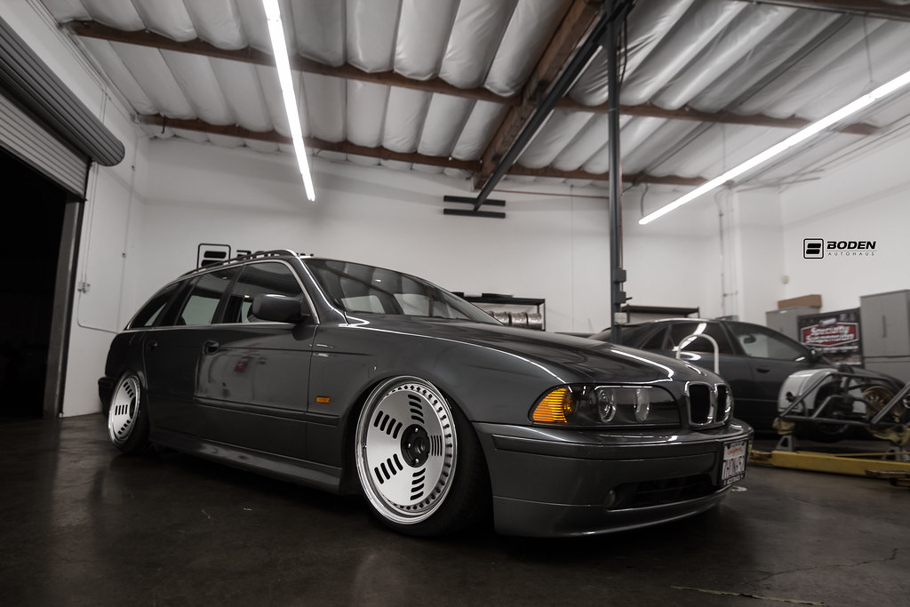 Bmw e39 on rotiform bm1 boden autohaus www for Boden autohaus x5