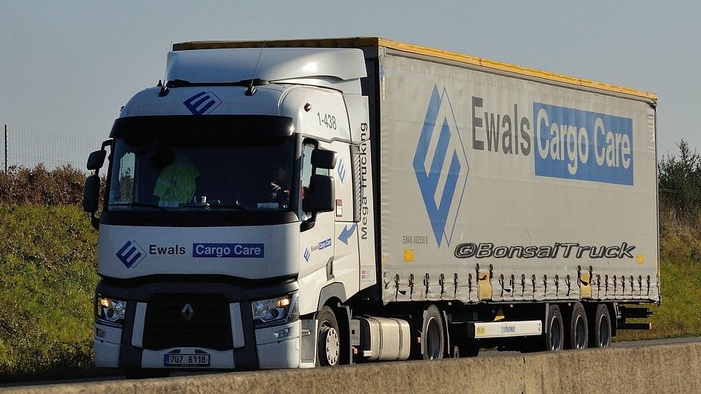 CZ - Ewals Cargo Care Renault Range T | BonsaiTruck | Flickr