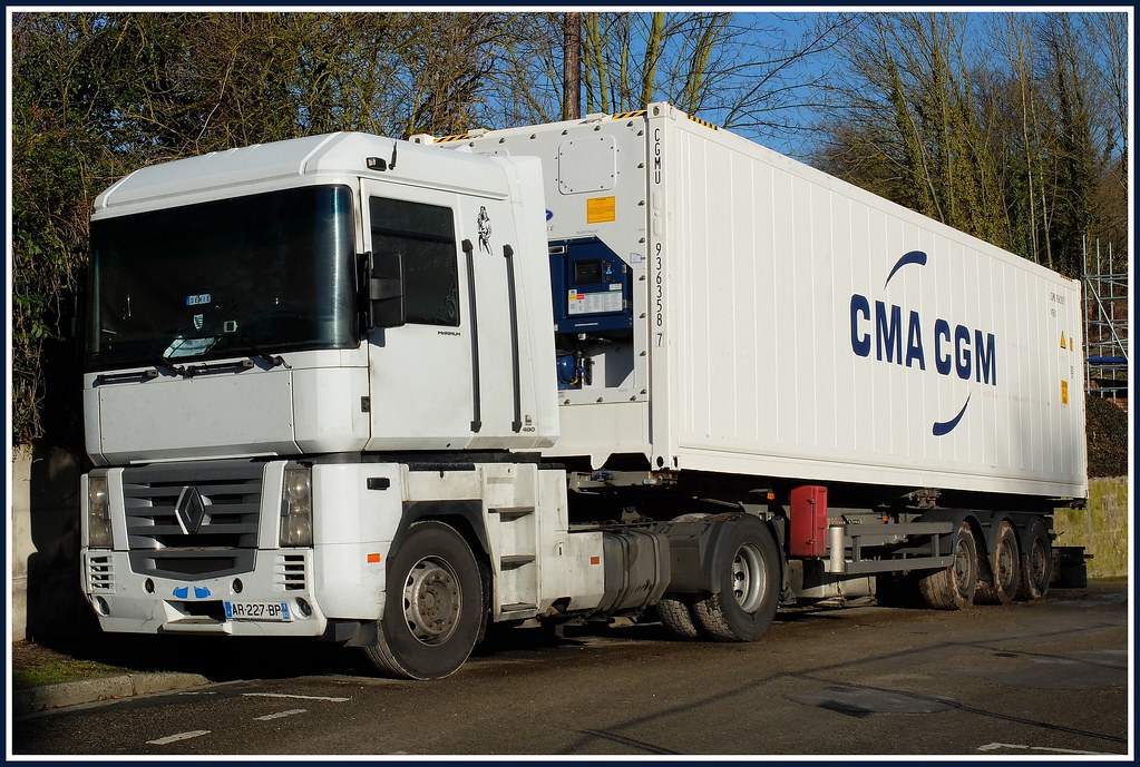 Camion renault magnum 480 semi remorque porte conteneur c for Porte conteneur