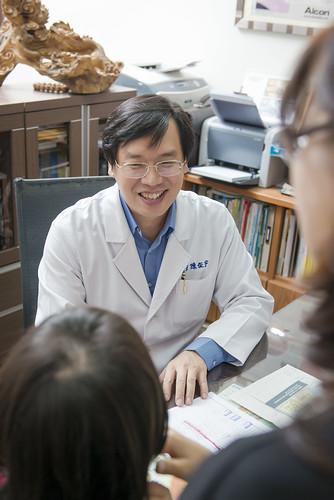 [高雄眼科推薦]高雄角膜塑形:陳征宇眼科諮詢心得分享 (1)