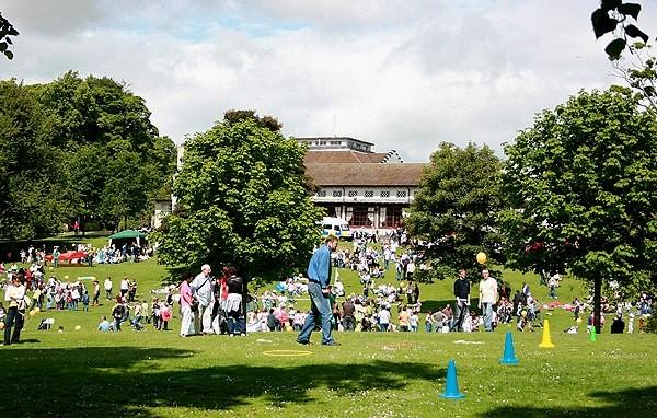 Pittencrieff Park
