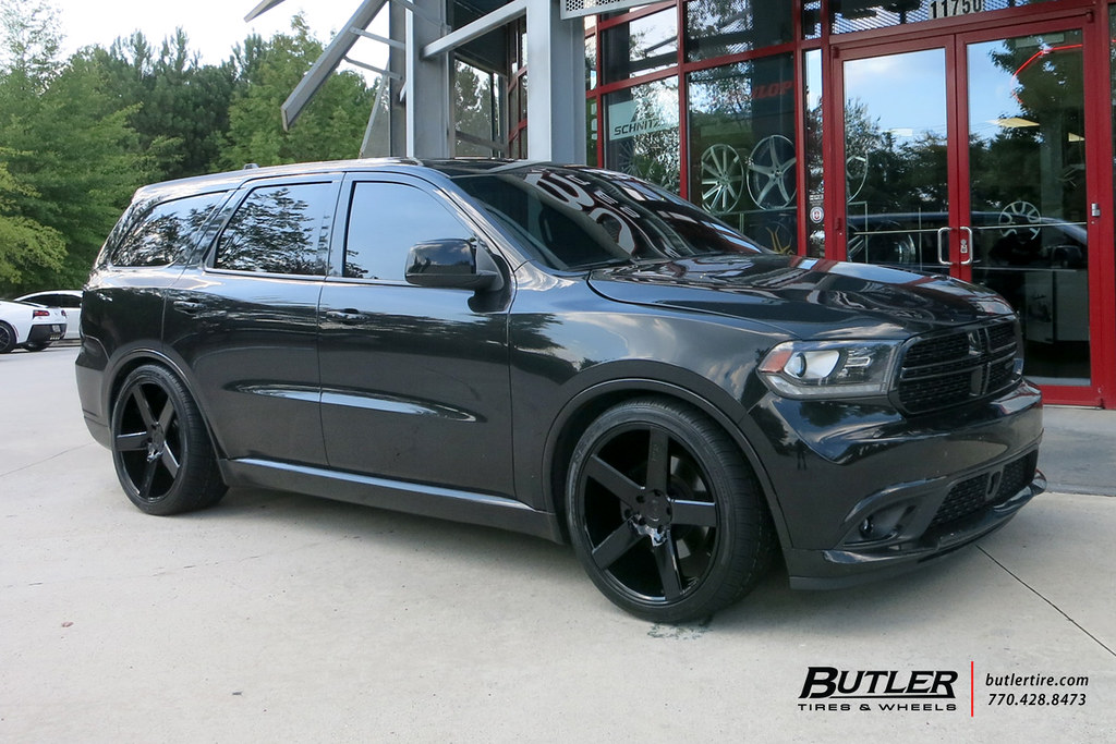 Dodge Durango Rt With 22in Niche Milan Wheels And Nexen Ti