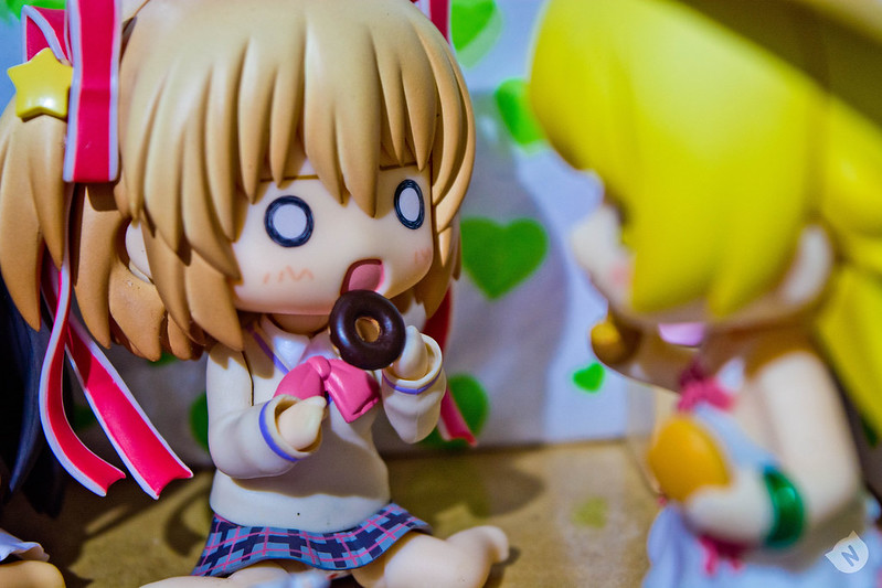 Komari is a bit scared because Shinobu seems to be planning something against her chocolate donut.