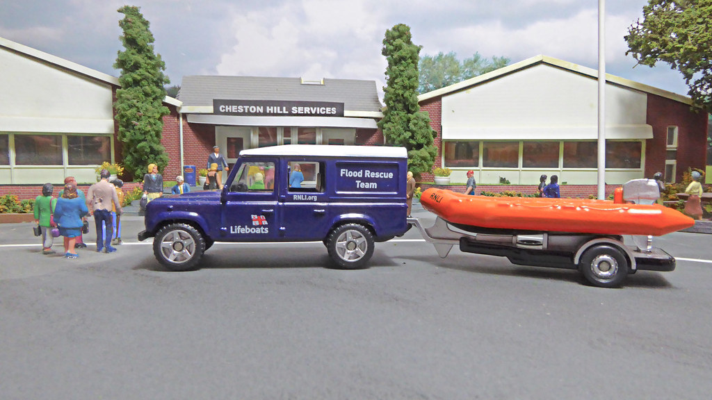 Land Rover Halifax >> RNLI Flood Rescue Team at Cheston Hill Services. | Stopped o… | Flickr