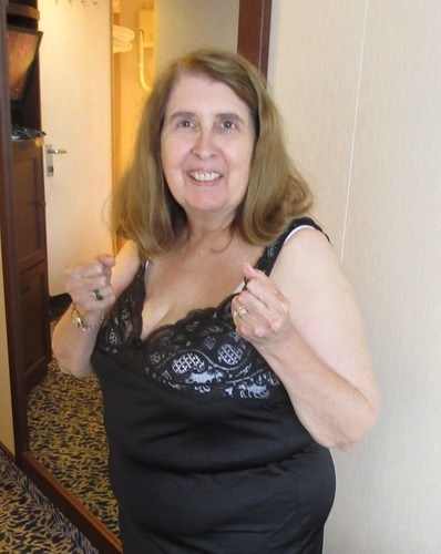 bayan senior singles Silver senior dating australia is for singles who want to find safe senior dating with 1000s of singles local to you, join free today to find your silver match.
