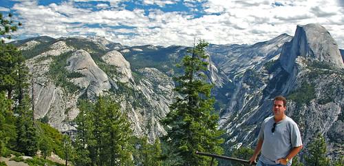 Yosemite Valley (Sierra Nevada Mountains, eastern Californ ...