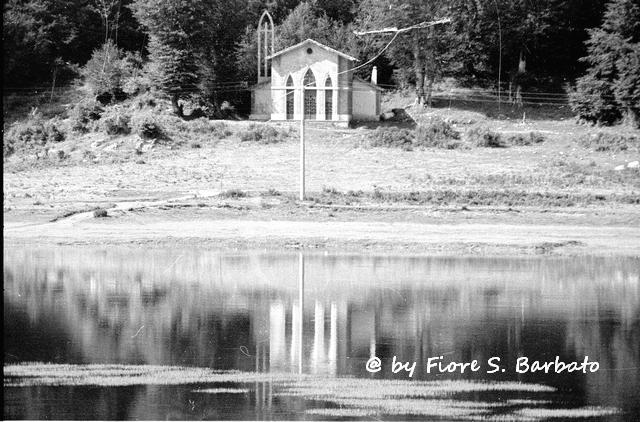 Fiori Bagnoli Irpino : Entrata della location picture of un posto carino bagnoli