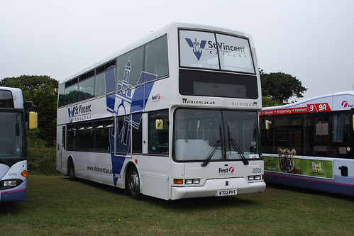 First Hampshire & Dorset 32702 W702PHT