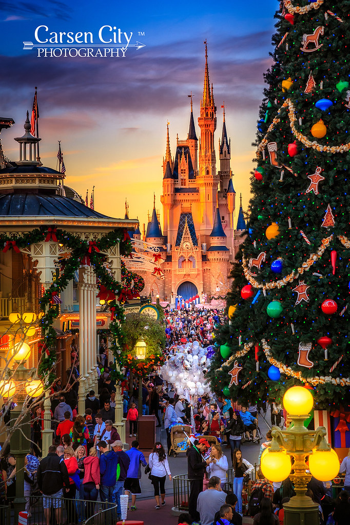 walt disney world christmas day by carsen city photography
