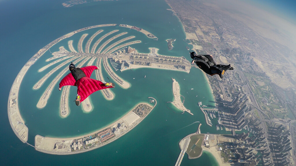 dubai, dubai sky diving