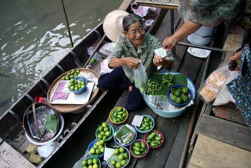 Fruit market in Bangkok, Thailand | by IFPRI