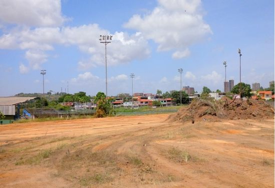 Terreno del estadio Los Criollitos en Villa Asia, Puerto Ordaz,  es tomando para construir viviendas por el Estado