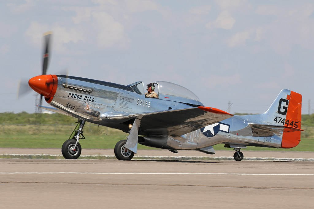 1944 North American Aviation P 51 Mustang 44 74445 N4132