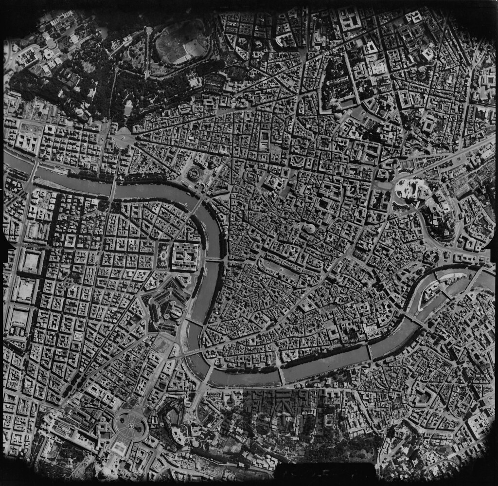 Roma world war ii aerial view italy 1944 aerofototec flickr world war ii aerial view italy 1944 by aerofototeca nazionale gumiabroncs Choice Image