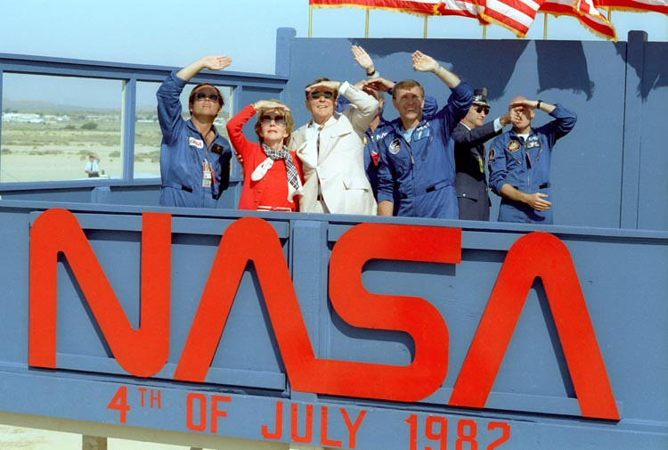 Nasa Sts-4 Landing Photos Reagen 3 Photo Lot 1982 In Sequence Orders Are Welcome.