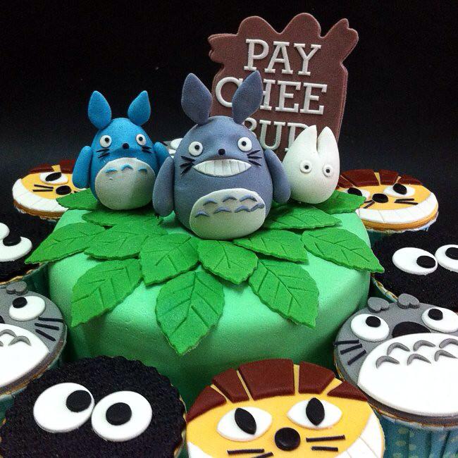 Totoro Themed Birthday Cake Httpcakedelivermynei Flickr