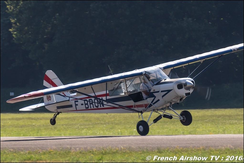 Ademaî Aviateur, adam show , crazy Piper cub ,F-BRON , éleve pilote , Grenoble Air show 2016 , Aerodrome du versoud , Aeroclub du dauphine, grenoble airshow 2016, Rhone Alpes