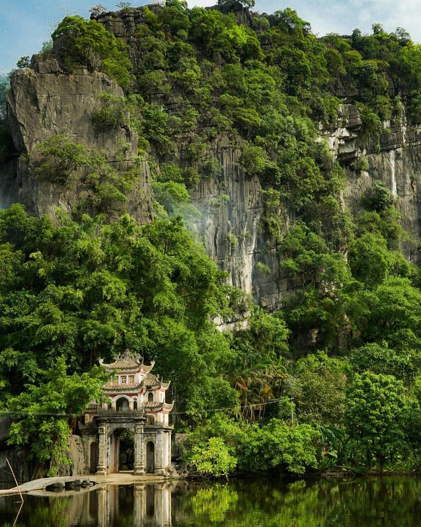 Bich Dong Temple Tam Coc - Ninh Binh Travel Guide