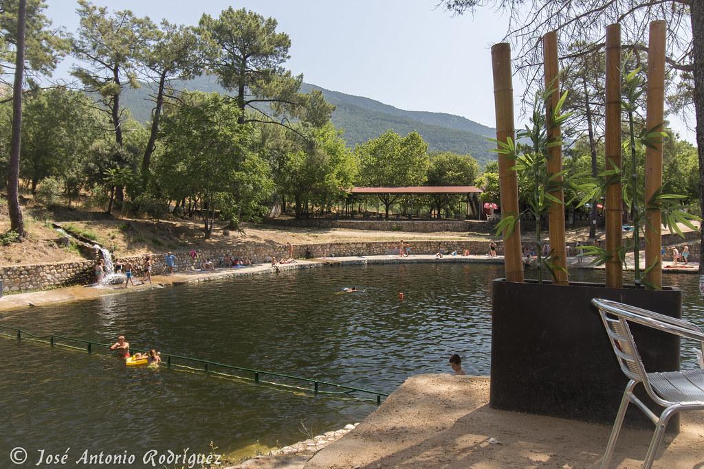 Charca de la presa la pinara la adrada jos antonio for Piscinas naturales la adrada