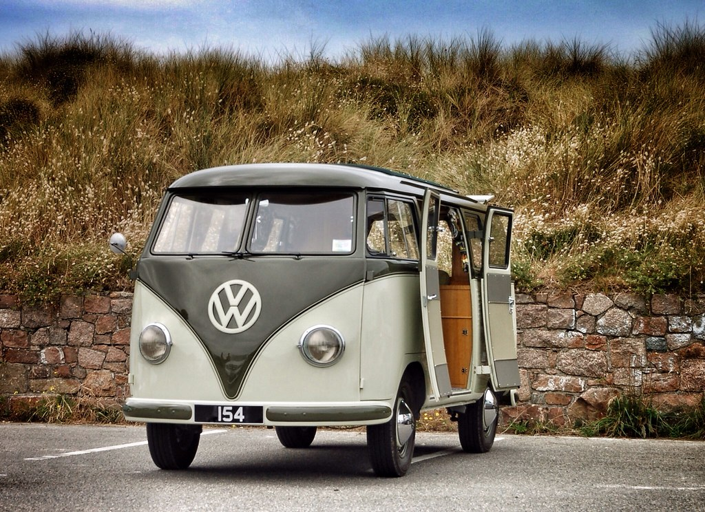 Barndoor Bus Day 309 1950s Volkswagen Kombi Barndoor Flickr