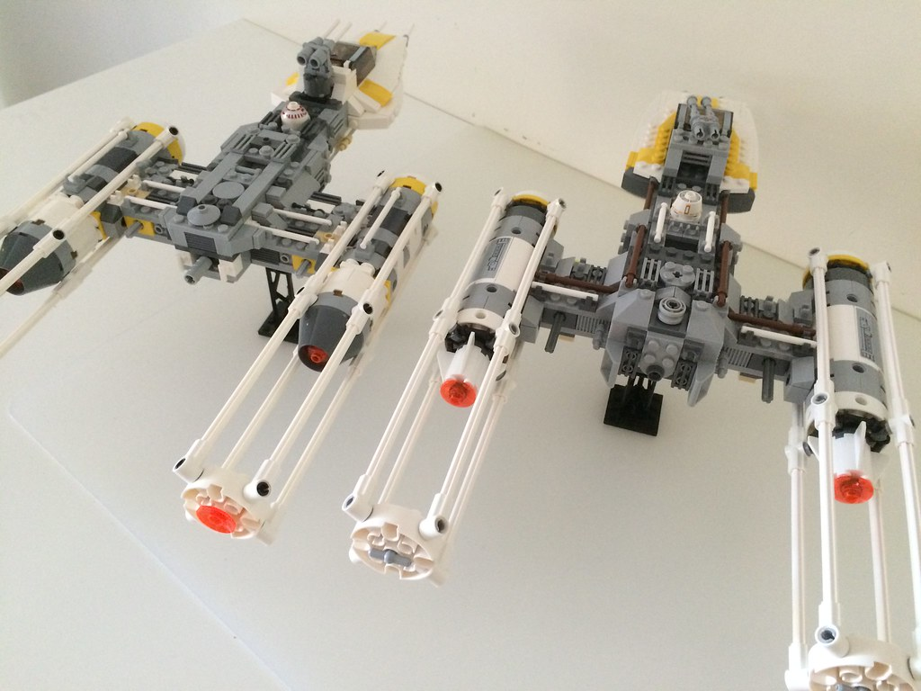 Wing Gold >> LEGO 7658 Y-wing Fighter vs 9495 Gold Leader's Y-wing Star ...