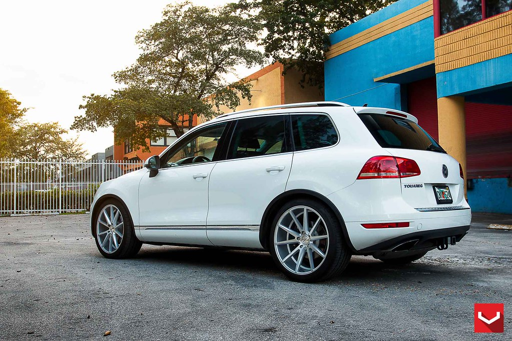 Volkswagen Touareg 22 Quot Vossen Vfs1 Silver Brushed 169 Vo