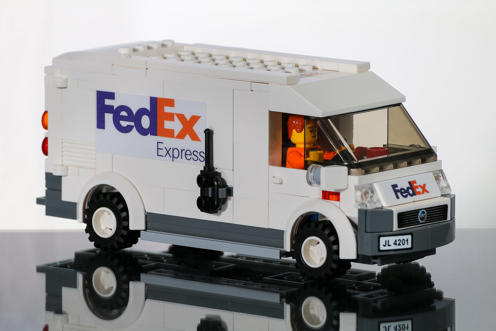 Moc Fiat Fedex Van Parcels Are Always Delivered On Time