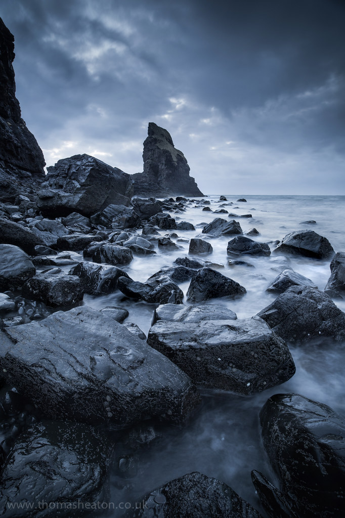 Talisker Bay The Dramatic Weather And The Black Rock
