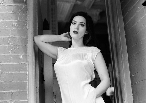 Nicole Vaunt Nude Photos 39