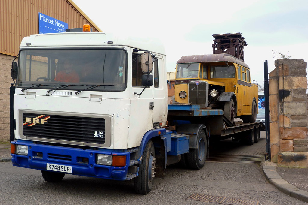 Dundee Museum Of Transport >> VH 6217 arrives at Dundee Museum of Transport | This bus ...