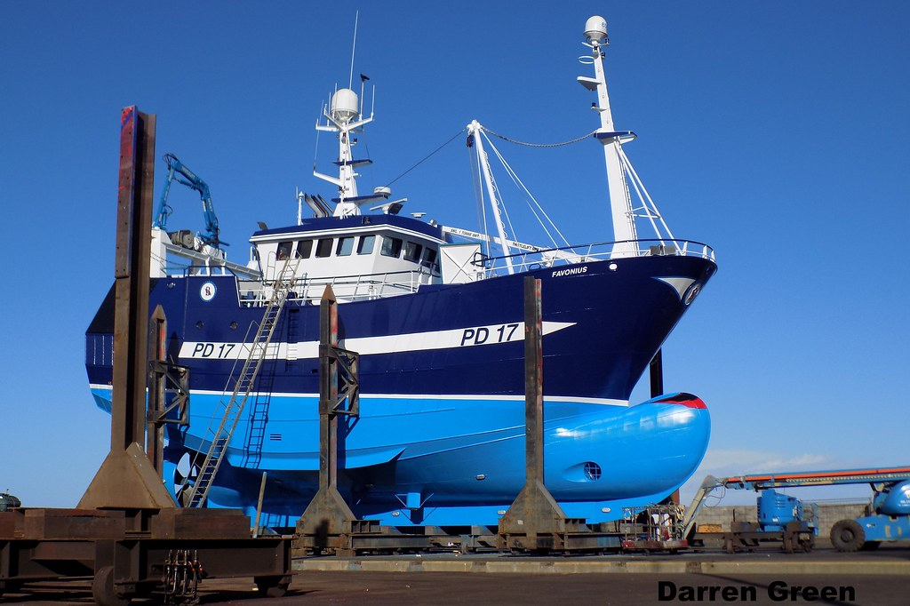 Macduff ship yard favonius pd17 scottish fishing boat for How to ship fish