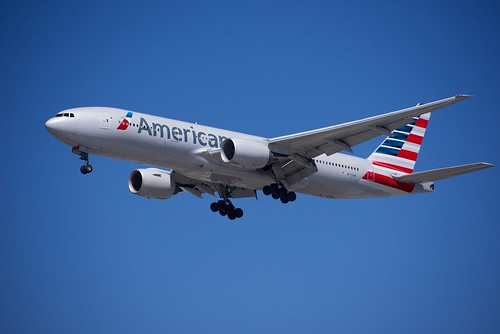 American airlines b 777 on short final at lax taken 23 for Lax long term parking lot