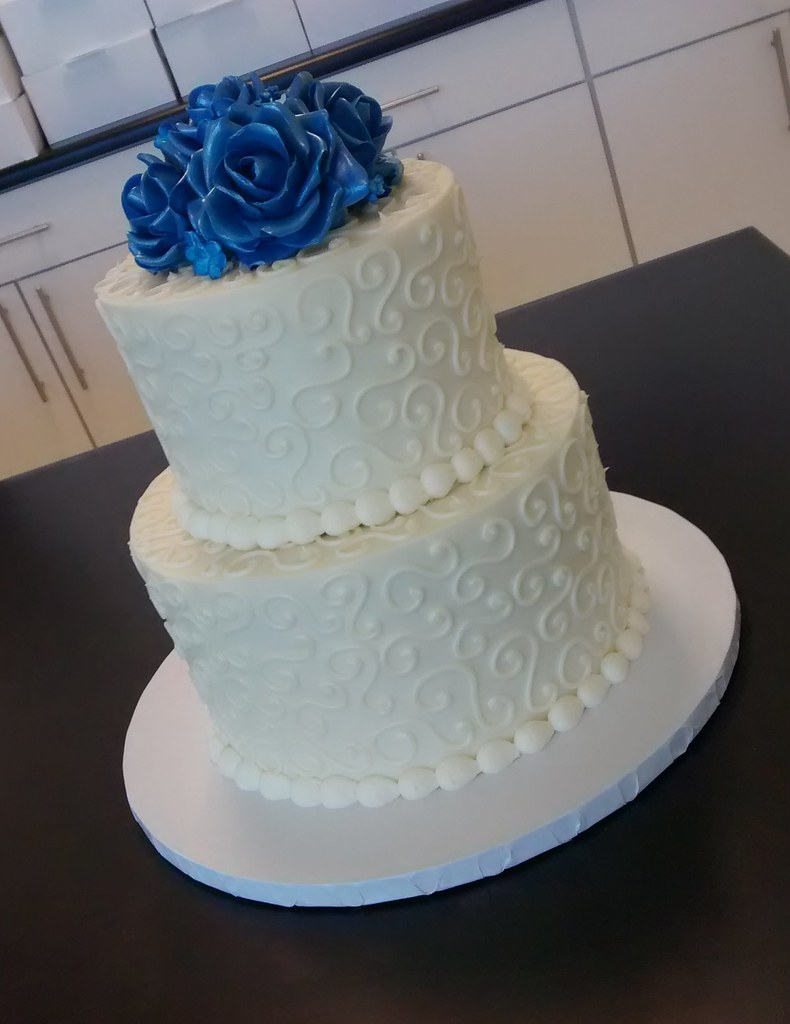 Two tier s swirls with blue fondant roses wedding cake flickr two tier s swirls with blue fondant roses wedding cake by retro bakery in junglespirit Image collections