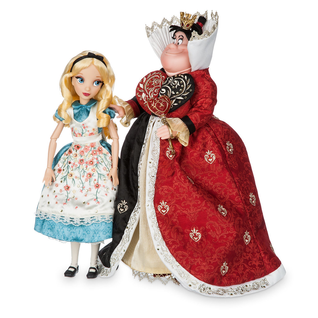 Disney Princess Cinderella Singing Doll And Costume Set: 2016 Disney Fairytale Designer Collection