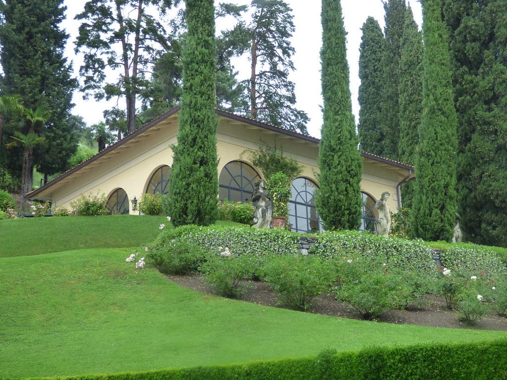 Guided Tour Villa Gardens