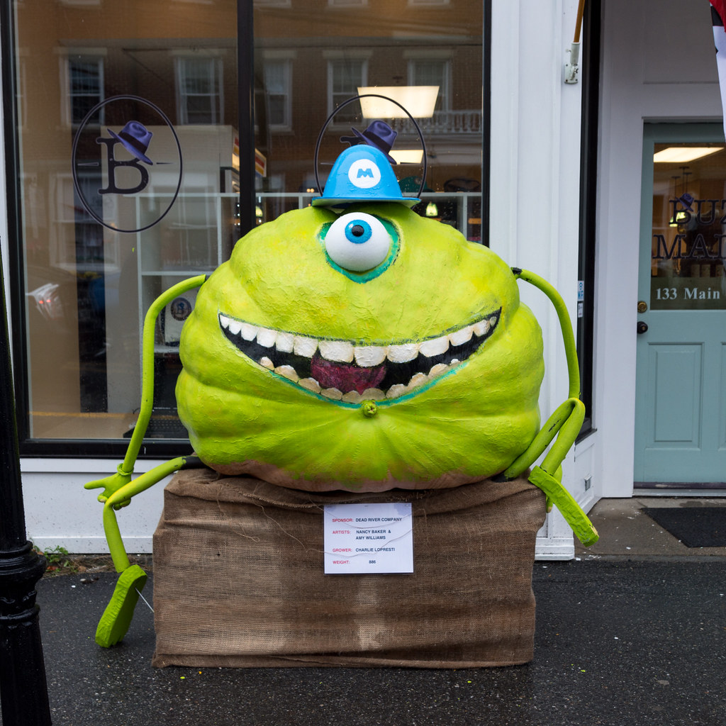 monsters inc pumpkin designs