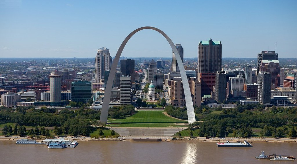 Gateway arch st louis missouri the gateway arch is for Architect st louis mo