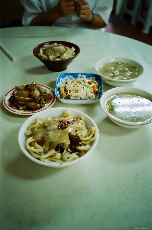 清水榕樹下擀麵