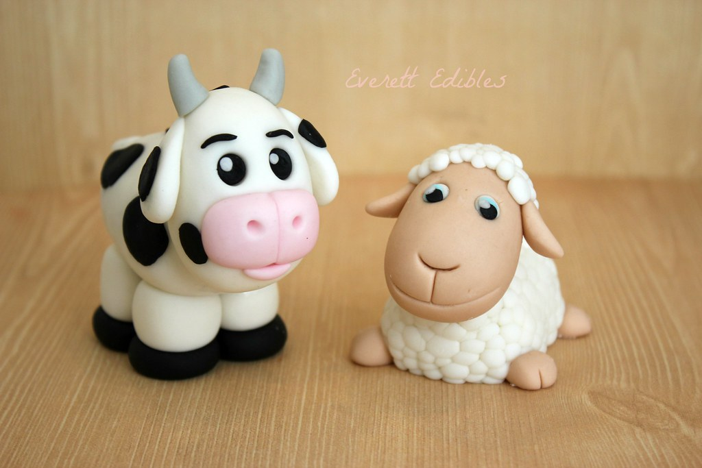 Fondant Sheep Cake Topper