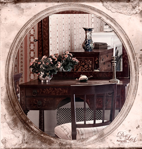 Image of a Dressing Table at the Flagler Museum in Palm Beach
